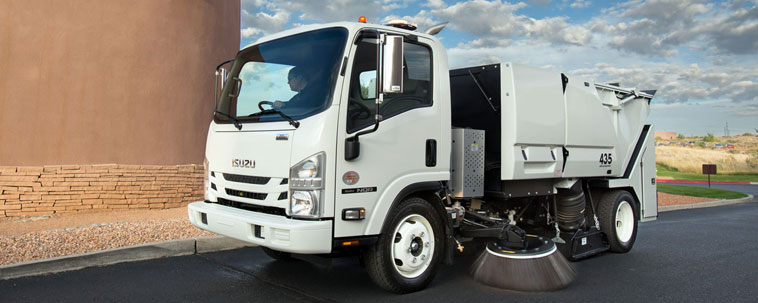 Isuzu NPR Commercial Truck | Chapman Commercial & Fleet